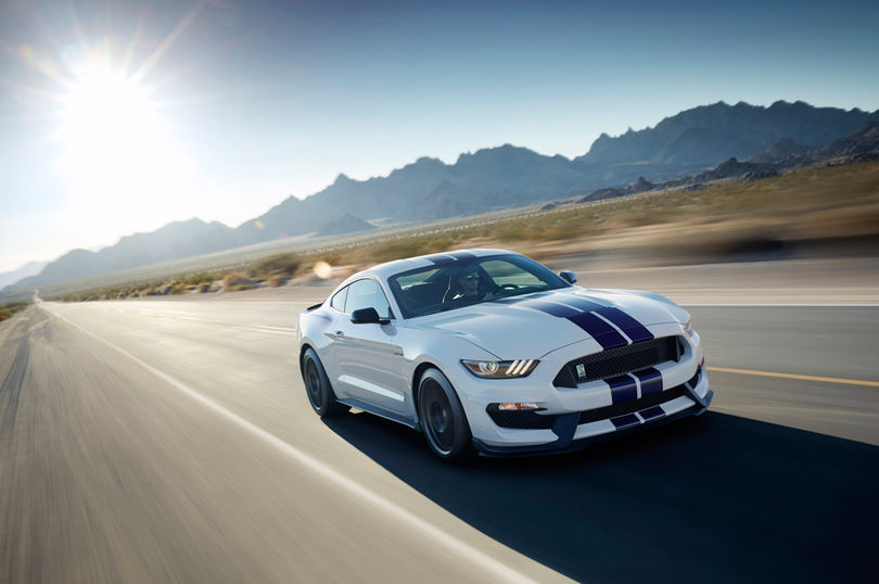 2016-Ford-Shelby-GT350-Mustang-front-three-quarters-in-motion
